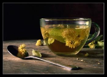 Чашка липового чаю