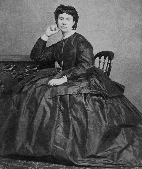 Олександра Білозерська (Ганна Барвінок) – перше та останнє кохання Пантелеймона Куліша.
