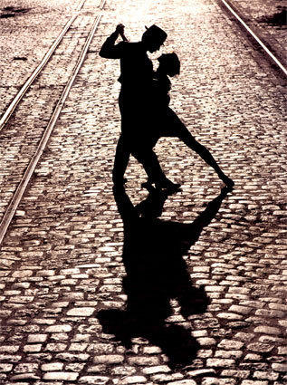 Танець тіней
