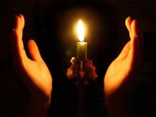 І запали вселенськую свічу...