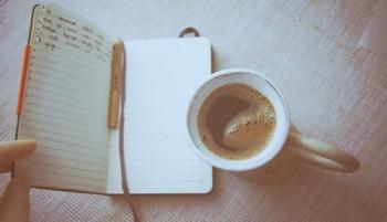 Я звикла – вірші пишуться самі…