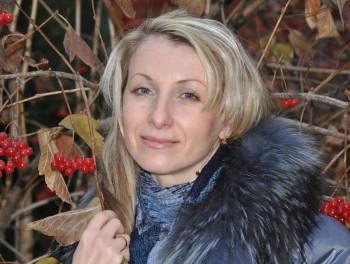 Вітаємо нашу талановиту поетесу Ганну Коназюк!