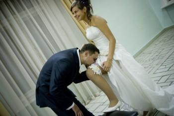 Правильно о подвязке невесты