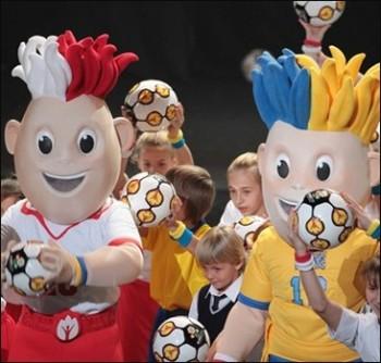 Талисманы Евро 2012 – Славек и Славко